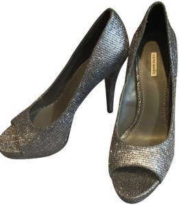 Vera Wang Deigner Heel Holiday Saks Dark silver Pumps