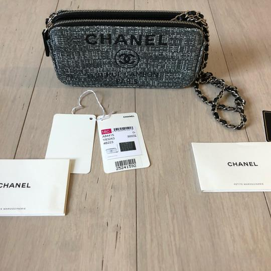 Preload https://img-static.tradesy.com/item/24290351/chanel-wallet-on-chain-2017-spring-limited-edition-grey-and-white-tweed-with-leather-chain-strap-cro-0-2-540-540.jpg