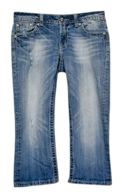 Preload https://img-static.tradesy.com/item/24290367/miss-me-blue-distressed-capricropped-jeans-size-29-6-m-0-1-650-650.jpg