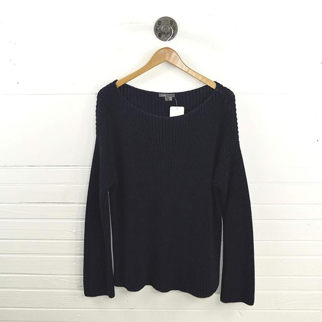 Preload https://img-static.tradesy.com/item/24290377/vince-cable-knit-131-112-navy-sweater-0-2-650-650.jpg