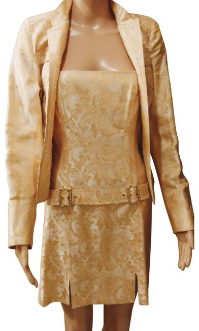 Preload https://img-static.tradesy.com/item/24290420/laundry-by-shelli-segal-sexy-gold-with-jacket-assembled-perfect-for-any-occasion-short-cocktail-dres-0-2-650-650.jpg