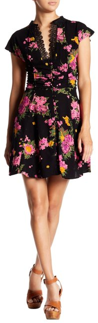 Preload https://img-static.tradesy.com/item/24290502/free-people-midnight-alora-mini-retail-floral-with-lace-short-casual-dress-size-8-m-0-3-650-650.jpg