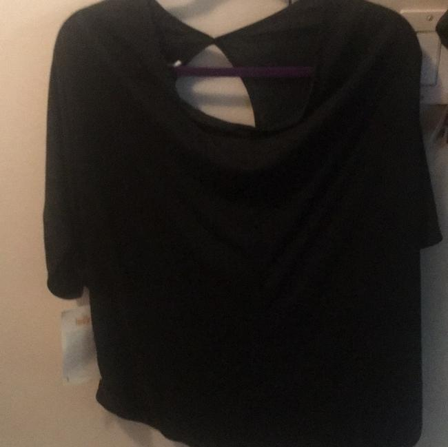 Preload https://img-static.tradesy.com/item/24290579/lucy-activewear-top-size-16-xl-plus-0x-0-2-650-650.jpg