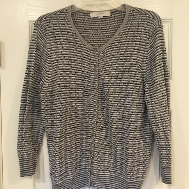 Preload https://img-static.tradesy.com/item/24290583/ann-taylor-loft-cardigan-multicolor-sweater-0-0-650-650.jpg