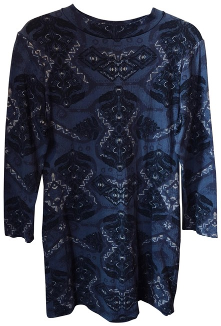 Preload https://img-static.tradesy.com/item/24290622/free-people-midnight-blue-and-black-tunic-size-12-l-0-3-650-650.jpg