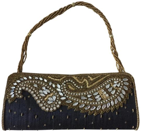 Preload https://img-static.tradesy.com/item/24290686/sequin-clutchstrap-black-and-gold-fabric-and-beads-clutch-0-1-540-540.jpg