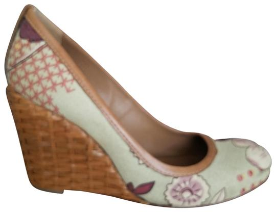 Preload https://img-static.tradesy.com/item/24290705/tory-burch-multicolored-leather-inside-leather-sole-textile-upper-wedges-size-us-8-regular-m-b-0-1-540-540.jpg