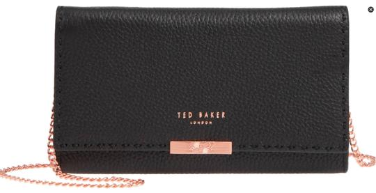 Preload https://img-static.tradesy.com/item/24290827/ted-baker-janet-matinee-wallet-on-a-chain-black-leather-cross-body-bag-0-3-540-540.jpg