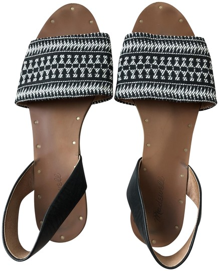 Preload https://img-static.tradesy.com/item/24290853/madewell-black-and-white-and-sandals-size-us-11-regular-m-b-0-3-540-540.jpg