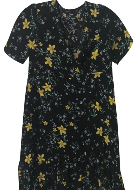 Preload https://item3.tradesy.com/images/zara-black-with-yellow-and-blue-flowers-floral-short-casual-dress-size-8-m-24290857-0-3.jpg?width=400&height=650