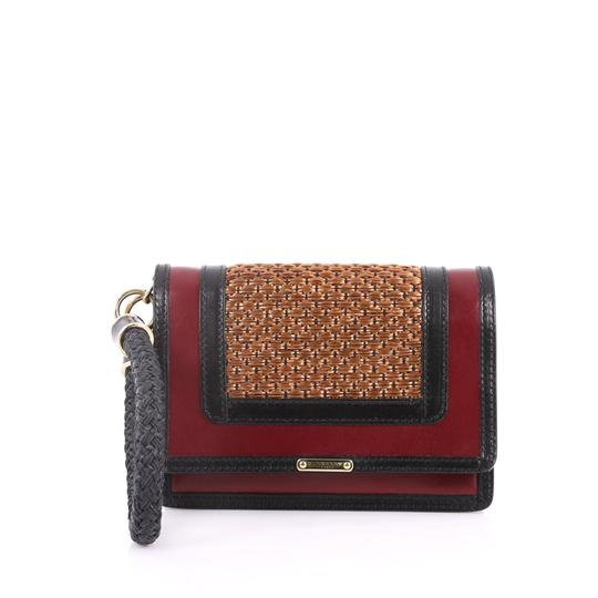 Preload https://img-static.tradesy.com/item/24290964/burberry-annis-woven-raffia-brown-and-red-leather-wristlet-0-0-540-540.jpg