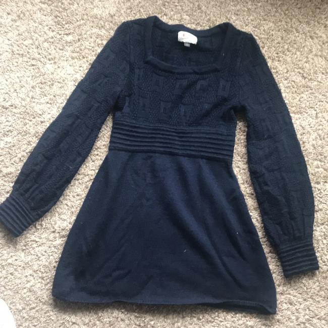 Preload https://img-static.tradesy.com/item/24290981/navy-sweater-short-casual-dress-size-4-s-0-2-650-650.jpg