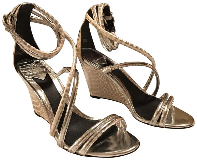 Item - Silver Classic Wedge To Wear Formal Shoes Size US 8 Regular (M, B)