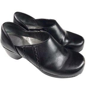 Dansko Leather Black Mules