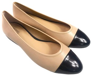 Michael Kors Patent Leather Gold Chain Detail Nude Black Flats