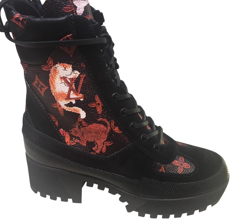 c70cf677f18e Louis Vuitton Black with Red Cats Laureate Platform Desert Boots Booties