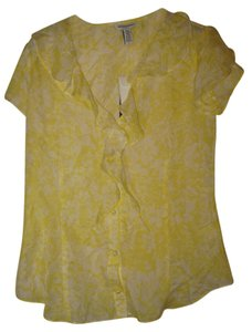 Banana Republic Ruffled Top Yellow/white patterned