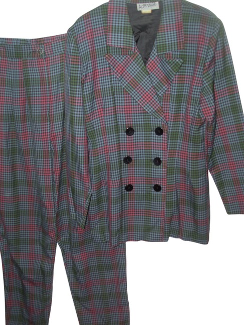 Item - Plaid 2 Pc Fitted Jacket Boot Cut Flare Straight Pant Suit Size 8 (M)