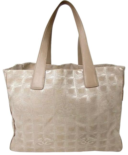 Item - Beige Cc Travel Tote Cc Jaquard Exterior with Leather Accents Wallet