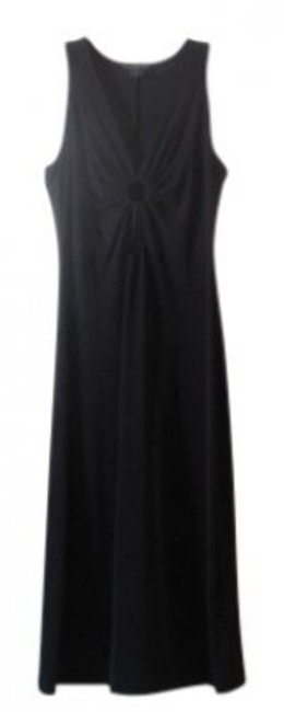 Preload https://item5.tradesy.com/images/bebe-black-style-51050-keyhole-long-night-out-dress-size-8-m-24294-0-0.jpg?width=400&height=650