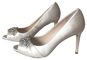Nina Shoes Ivory Formal