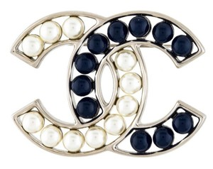 Chanel CHANEL PEARL CC LOGO TWO TONE BROOCH PIN BOX AUTHENTIC