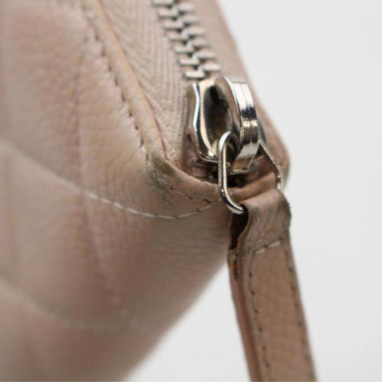 Chanel Beige clutch quilted zippy wallet Image 8