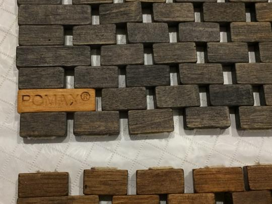 Pomax Set of 2 Wood Tile Placemats Image 2