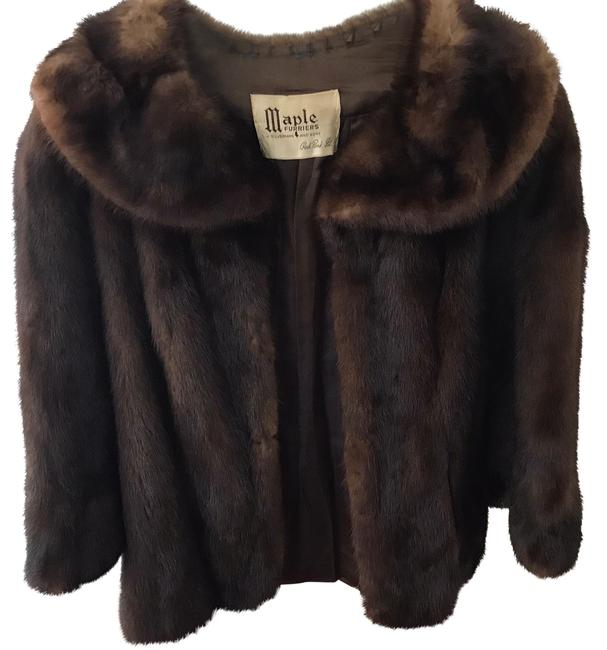 Preload https://img-static.tradesy.com/item/24295719/mink-chestnut-brown-34-coat-size-8-m-0-3-650-650.jpg