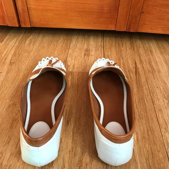 Kate Spade white with tan detail Flats Image 10