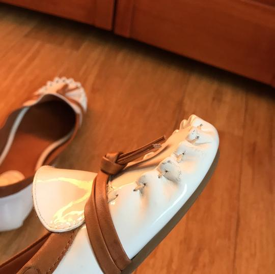Kate Spade white with tan detail Flats Image 6