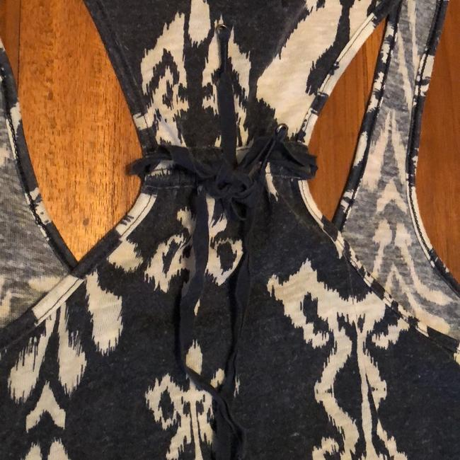 American Eagle Outfitters Top Charcoal Gray and Ivory Image 4