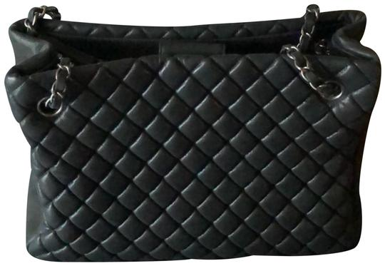 Preload https://img-static.tradesy.com/item/24296752/chanel-quilted-dark-gray-leather-tote-0-3-540-540.jpg