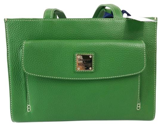 Preload https://img-static.tradesy.com/item/24297076/dooney-and-bourke-new-green-soft-leather-shoulder-bag-0-3-540-540.jpg