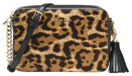 Preload https://img-static.tradesy.com/item/24297521/michael-kors-ginny-leopard-calf-hair-multicolor-leather-cross-body-bag-0-0-540-540.jpg