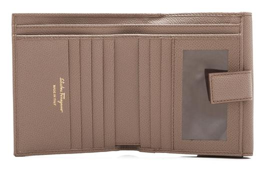 Salvatore Ferragamo Salvatore Ferragamo Gancio Short Wallet Brown Calfskin Leather
