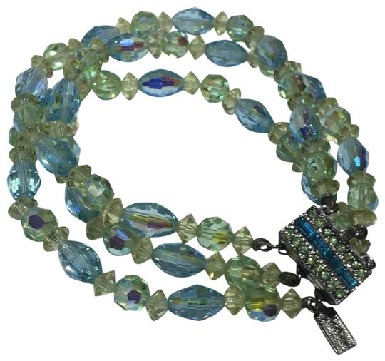 Preload https://img-static.tradesy.com/item/24297590/green-vintage-blue-and-crystal-beaded-multi-strand-bracelet-0-3-540-540.jpg
