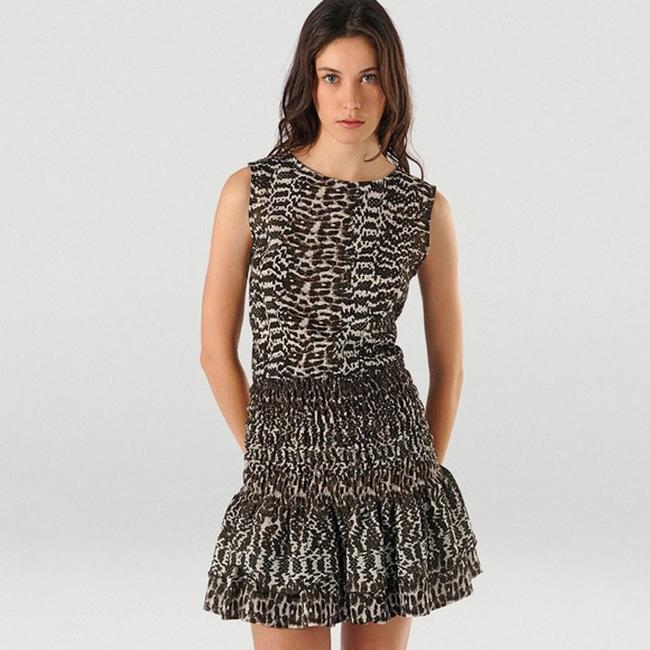 Preload https://img-static.tradesy.com/item/24297644/maje-animal-short-cocktail-dress-size-2-xs-0-2-650-650.jpg