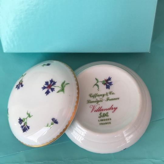 Tiffany & Co. Limoges France Villandry Porcelain Round Floral Trinket Jewelry Box w/Packaging