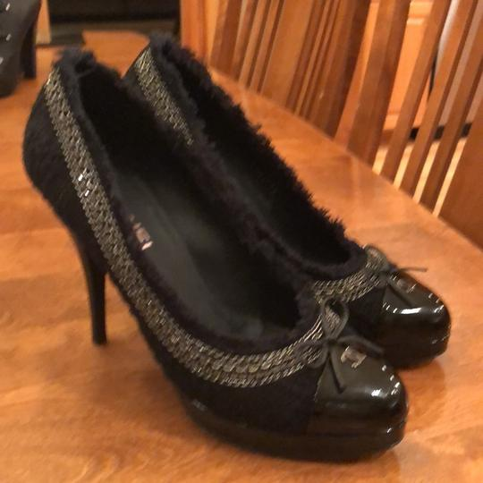 Preload https://img-static.tradesy.com/item/24297739/chanel-black-unsure-pumps-size-eu-40-approx-us-10-regular-m-b-0-0-540-540.jpg