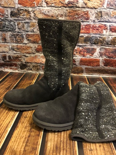 Preload https://img-static.tradesy.com/item/24297767/ugg-australia-grey-1006711-bootsbooties-size-us-9-regular-m-b-0-2-540-540.jpg