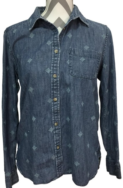 Preload https://img-static.tradesy.com/item/24297769/american-eagle-outfitters-blue-embroidered-denim-shirt-button-down-top-size-8-m-0-3-650-650.jpg