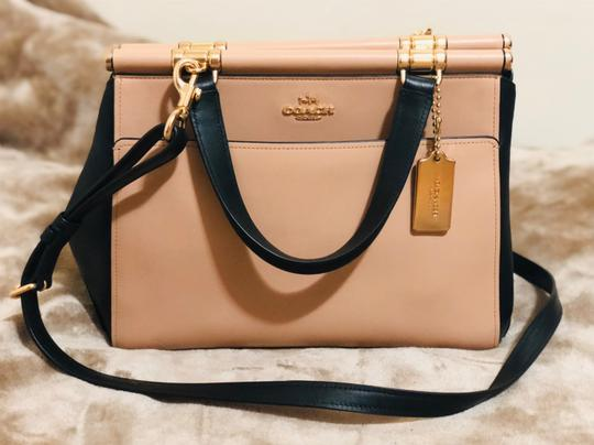 Preload https://img-static.tradesy.com/item/24297815/coach-in-colorblock-beechwood-multilight-goldblack-refined-calf-leather-satchel-0-2-540-540.jpg