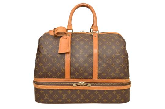 Preload https://img-static.tradesy.com/item/24297945/louis-vuitton-duffle-sac-sport-carry-on-luggage-suitcase-m41443-brown-monogram-weekendtravel-bag-0-5-540-540.jpg