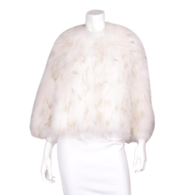"""Item - White """"Blanco"""" W 20"""" Bleached Finn-asiatic Raccoon W/ Rooster Feather 3/4 Sleeve Jacket Coat Size 8 (M)"""