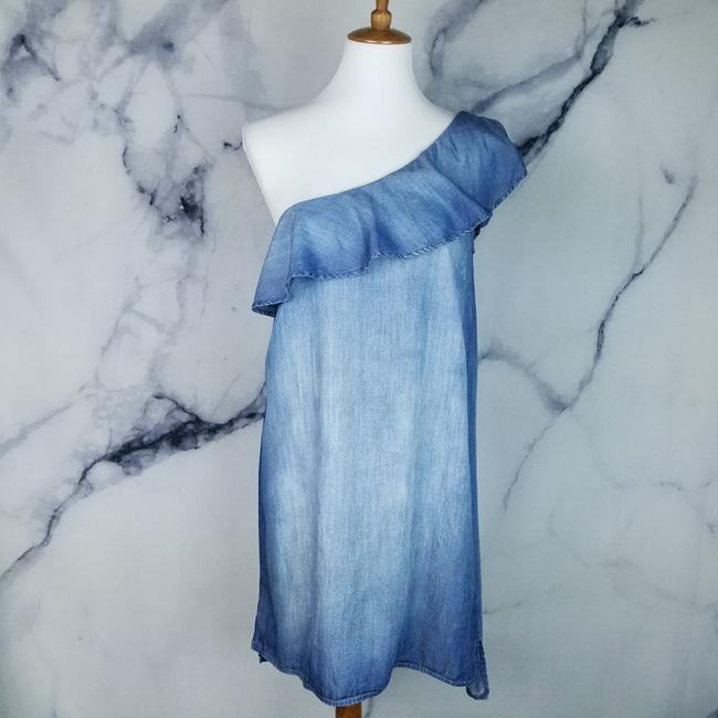 Preload https://img-static.tradesy.com/item/24297951/cloth-and-stone-blue-one-shoulder-short-casual-dress-size-4-s-0-2-650-650.jpg