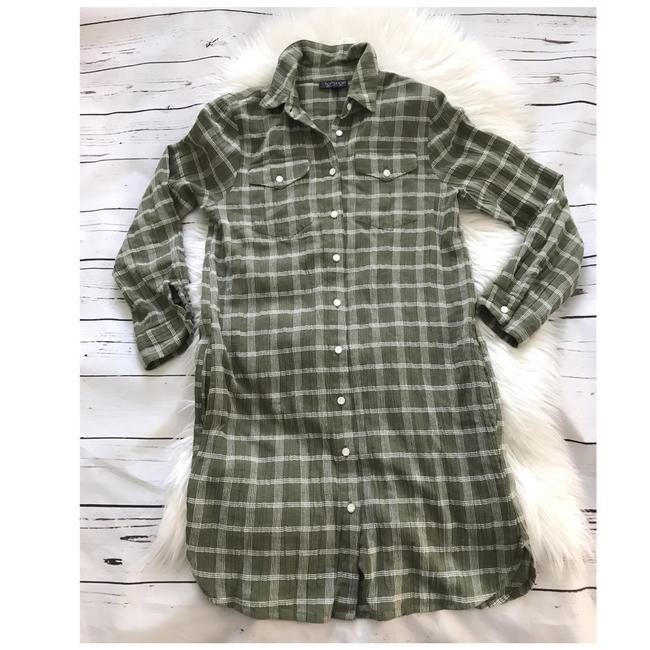 Preload https://img-static.tradesy.com/item/24298006/topshop-green-oversized-check-cotton-short-casual-dress-size-2-xs-0-1-650-650.jpg