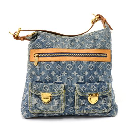 Preload https://img-static.tradesy.com/item/24298054/louis-vuitton-baggy-gm-monogram-2006-li-blue-denim-shoulder-bag-0-0-540-540.jpg