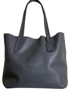 Coach Tote in slate grey/blue
