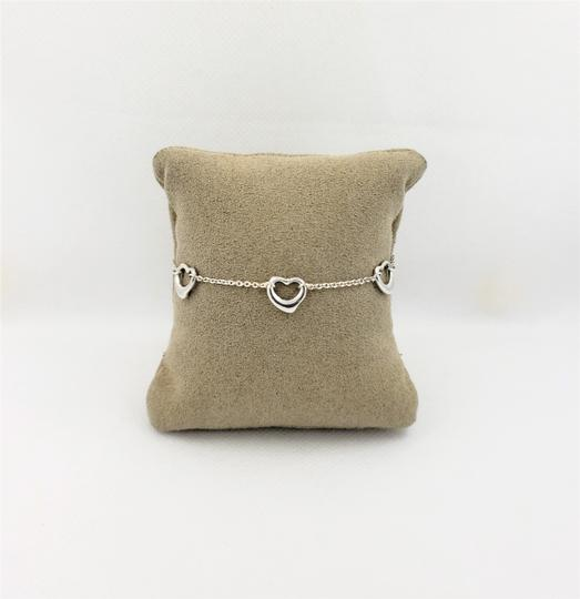 Preload https://img-static.tradesy.com/item/24298072/tiffany-and-co-silver-sterling-elsa-peretti-heart-514g-bracelet-0-2-540-540.jpg
